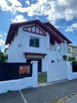Rénovation de façades Pau RAVAL FAÇADES 64 - Applicateur Exclusif VERTIKAL® Thomas