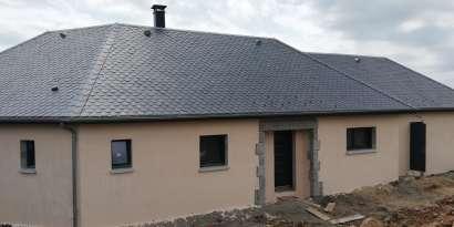 Constructeurs de maisons individuelles Bozouls Noyer Constructions Carine et Jean-Baptiste