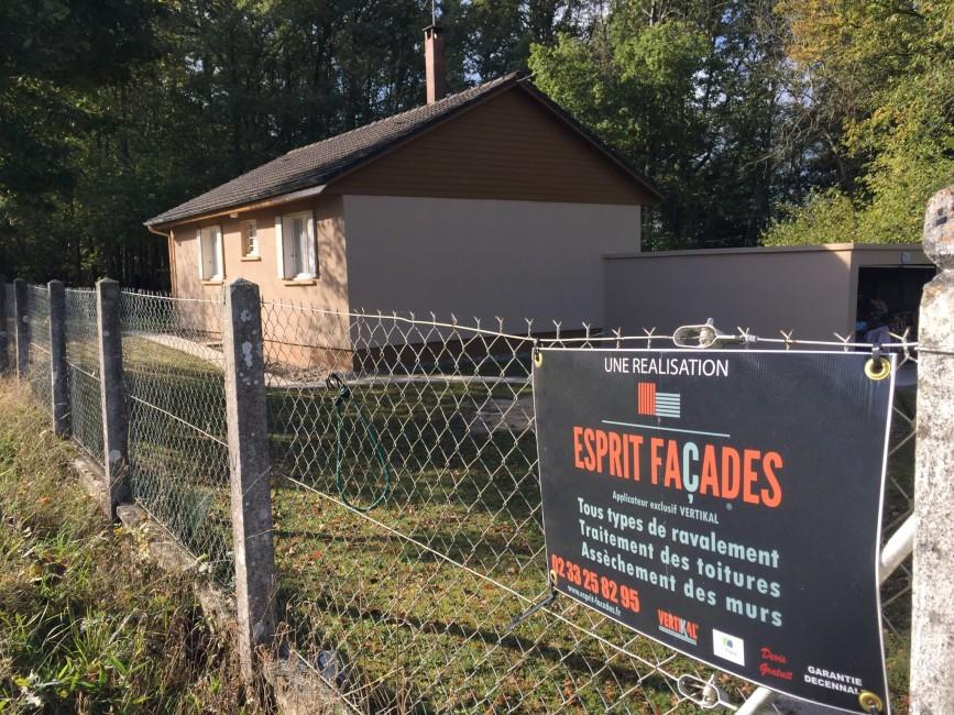 Ravalement de façades Damigny ESPRIT FAÇADES - Applicateur Exclusif VERTIKAL Jérôme