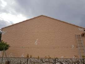 Ravalement de façades Pierrefeu-du-Var Façades du Var - Applicateur Exclusif VERTIKAL Henri