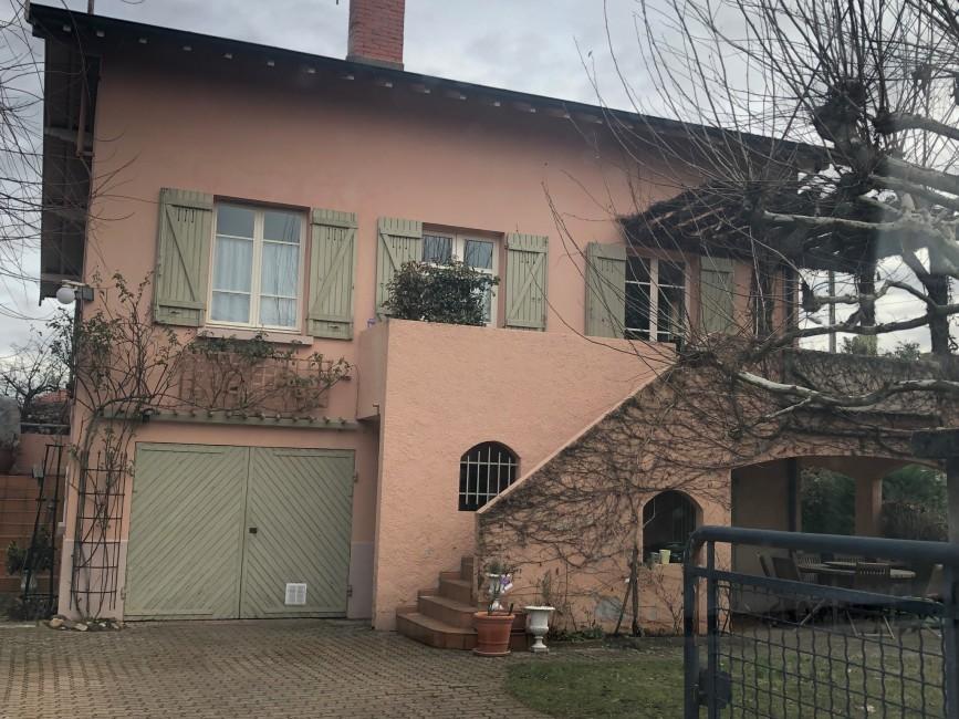 Rénovation de façades Chasselay 3R FAÇADES - Applicateur Exclusif VERTIKAL Alfred