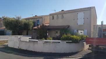 Ravalement de façade Castelnau-le-Lez LEZ FACADES - Applicateur Exclusif VERTIKAL Annie