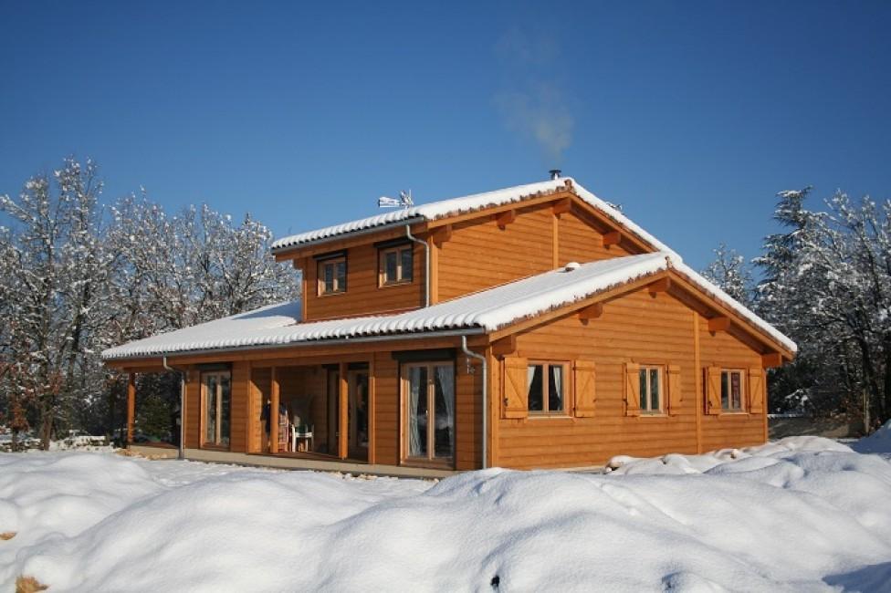 avis photos et devis sur ambiances bois concepts constructeur de maisons bois ossature bois. Black Bedroom Furniture Sets. Home Design Ideas