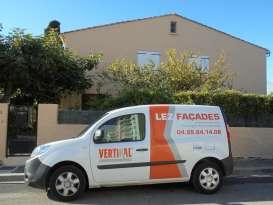 Ravalement de façade Castelnau-le-Lez LEZ FACADES - Applicateur Exclusif VERTIKAL Carmen