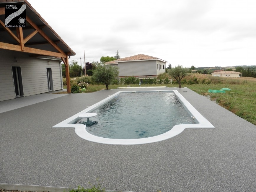 Avis photos et devis sur pierre del sol r vetements de - Revetement tour de piscine ...