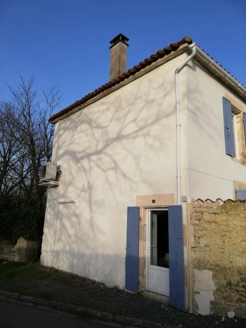 Rénovation de façades Saint-Georges-des-Coteaux Passion Façades - Applicateur Exclusif VERTIKAL pierre