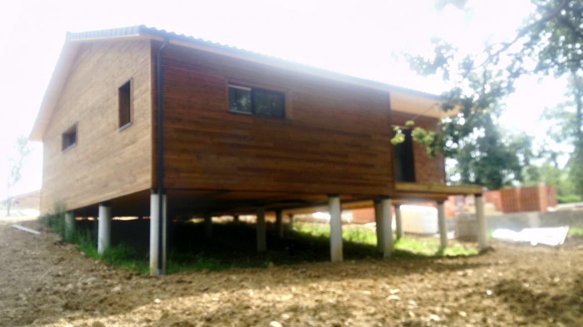 maison en bois toulouse fabulous dco prix maison en bois toulon lampe ahurissant concernant. Black Bedroom Furniture Sets. Home Design Ideas