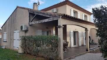 Ravalement de façade Castelnau-le-Lez LEZ FACADES - Applicateur Exclusif VERTIKAL Nadia