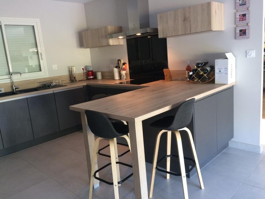 avis sur cuisine aviva meubles cuisine aviva avis cuisine. Black Bedroom Furniture Sets. Home Design Ideas