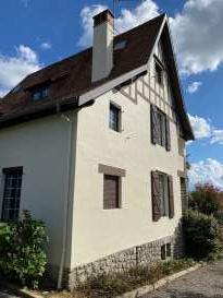 Rénovation de façades Pau RAVAL FACADES 64 - Applicateur Exclusif VERTIKAL Philippe