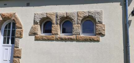 Rénovation de façades Saint-Pabu TALOC FACADES & PEINTURE - Applicateur exclusif VERTIKAL Roseline