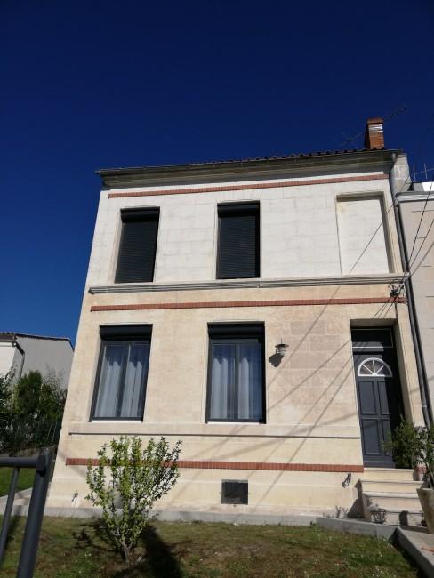 Rénovation de façades Saint-Georges-des-Coteaux PASSION FAÇADES - Applicateur Exclusif VERTIKAL Philippe