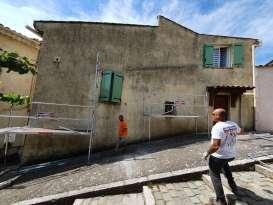 Ravalement de façades Pierrefeu-du-Var Façades du Var - Applicateur Exclusif VERTIKAL Jean Luc