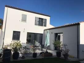 Constructeur de maison La Rochelle Maisons Bleu Océan Catherine et Philippe