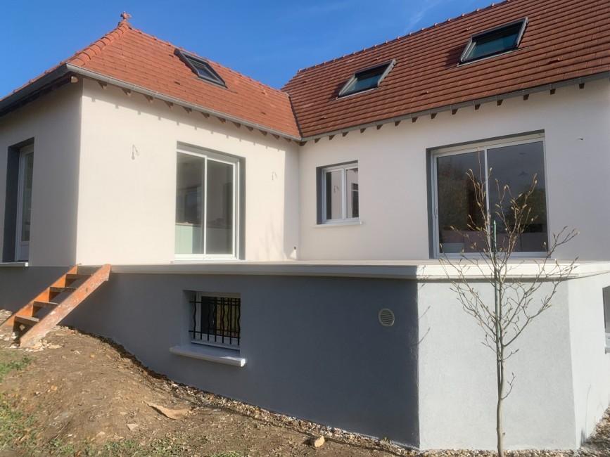 Rénovation de façades Ozoir-la-Ferrière CAPITAL FAÇADES - Applicateur Exclusif VERTIKAL® Pascal